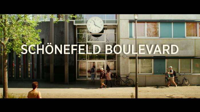 Schoenefeld_Boulevard_5